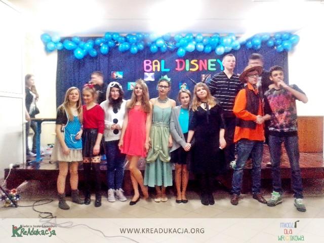 Młodzieżowa Rada Dzielnicy Wrotków, MRD Wrotków, dzieci z Wrotkowa, bal, zabawa karnawałowa, ferie, Gimnazjum nr 3 w Lublinie, Fundacja KReadukacja, Młodzi dla Wrotkowa,Bal Disneya Młodzieżowej Rady Dzielnicy Wrotków, Bal Disneya w Lublinie, Dzielnice Kultury, partycypacja młodzieży, zaangażowanie, aktywność młodzieży, Bal disneya-Młodzieżowa Rada Dzielnicy Wrotków-Fundacja KReAdukacja