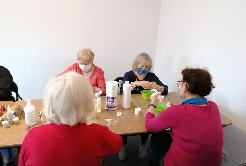 Młodość wczoraj i dziś 2020-projekt aktywizacji dla seniorów-Fundacja KReAdukacja (2)